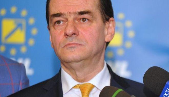"""Foto: """"Decizia CCR, contrară voinței exprimate de români la referendumul de pe 26 mai"""""""