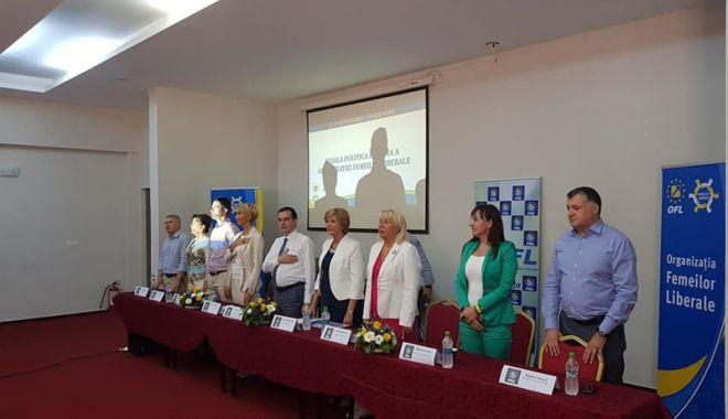 Orban, către femeile liberale reunite la Eforie Nord: