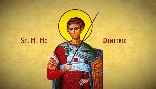 Ortodocşii îl cinstesc pe Sfântul Mare Mucenic Dimitrie - ortodocsii-1603030182.jpg