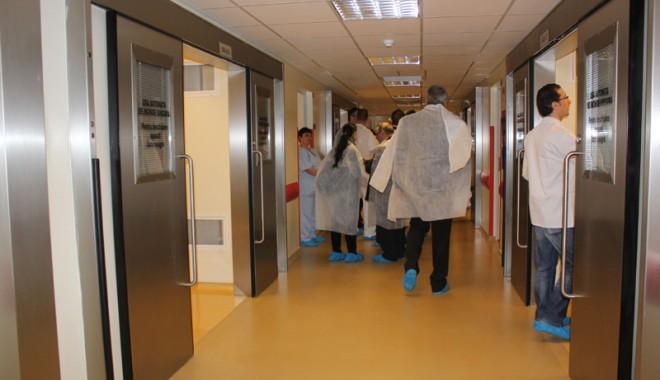 Cea mai modernă secție de ortopedie din țară s-a inaugurat la Constanța - ortopedie5-1332950623.jpg