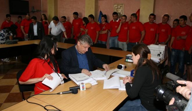Ion Ovidiu Brăiloiu și-a depus candidatura pentru un nou mandat de primar - ovidiubrailoiu-1335795481.jpg