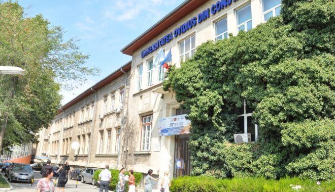 Foto: Specialiștii discută la Constanța despre codul administrativ