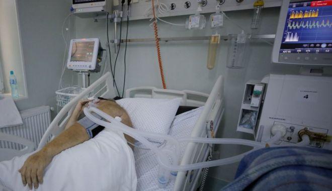 Zece pacienți din România, bolnavi de COVID-19, transferați astăzi în spitale din Ungaria - pacienti-1634220626.jpg