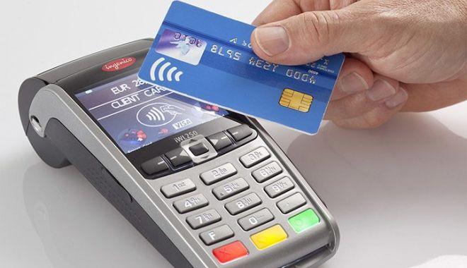 Pandemia a relansat tranzacțiile de plată cu cardul - pandemiaarelansattranzactiile-1600692379.jpg