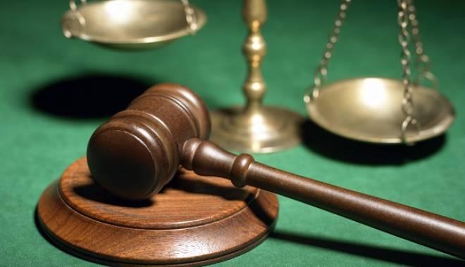 Foto: O eventuală răspundere penală a băncilor ar fi posibilă? Opinii