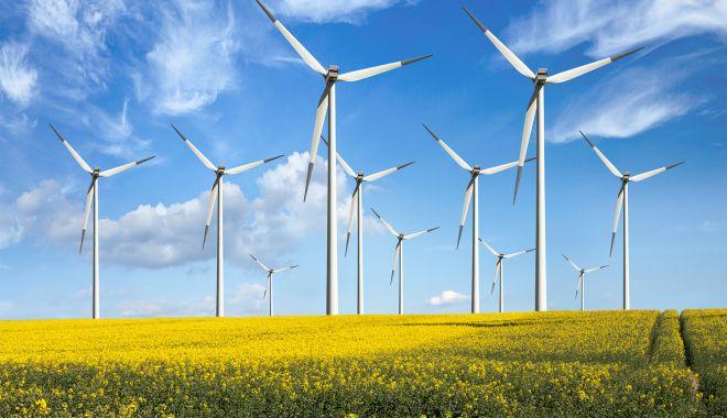 Parcurile eoliene ar putea crea noi locuri de muncă - parcurileeoliene-1620053359.jpg