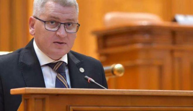 Foto: PNL cere ca Parlamentul să o revoce de urgență pe Renate Weber din funcția de Avocat al Poporului