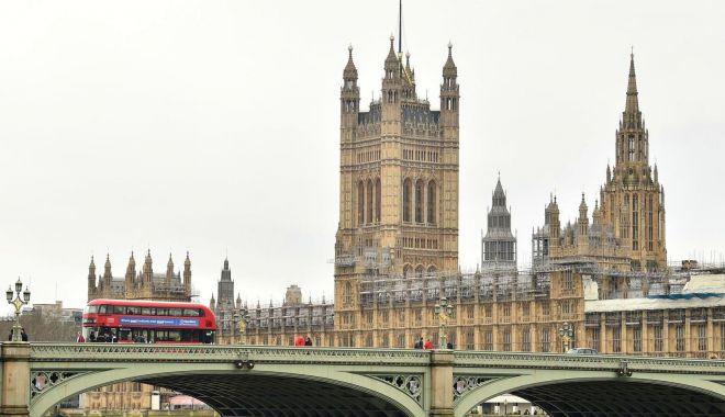 Parlamentul britanic s-a închis pentru cel puțin patru săptămâni - parlamentul-1585146816.jpg