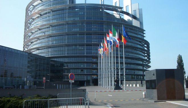 Foto: Parlamentul European solicită o abordare unitară a UE în privința Libiei