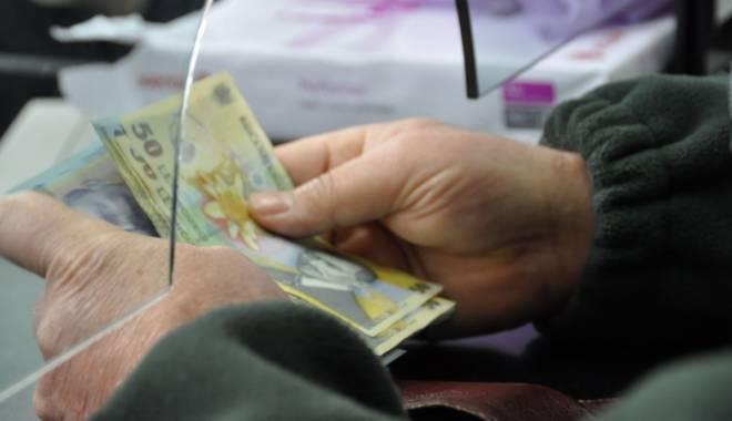 Foto: Pensiile vor crește cu 5% în 2016