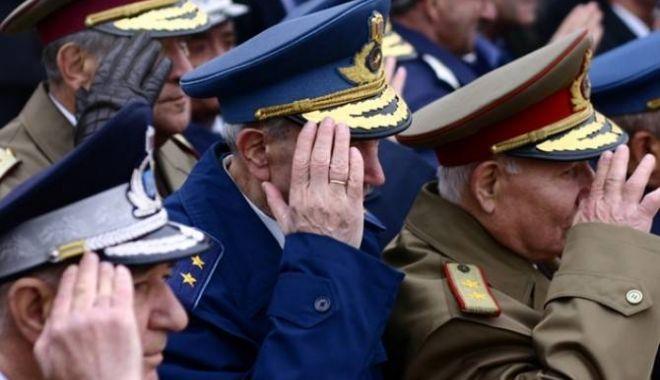 Foto: Discuții pe baza pensiilor militare. Cât concret, cât vrăjeală