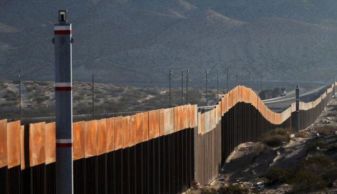 Pentagonul deblochează 3,6 miliarde de dolari pentru zidul de la frontiera cu Mexicul - pentagonul-1567605932.jpg