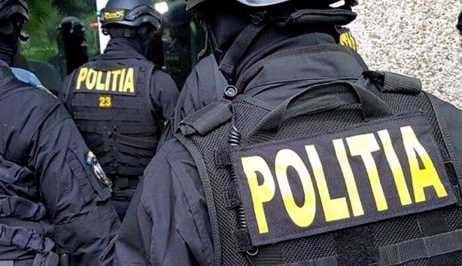 PERCHEZIȚII ÎN CONSTANȚA. Acuzații de SPĂLARE DE BANI și ÎNȘELĂCIUNE! - perchezitii-1618479279.jpg