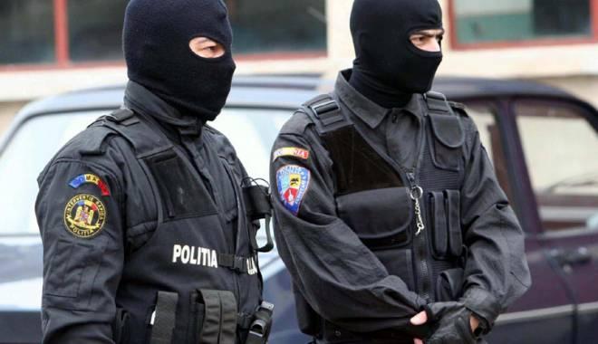 Foto: Percheziții în Constanța, la evazioniștii fiscali