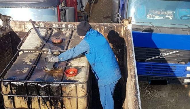 """Foto: Furturi de amploare de produse petroliere. Suspecții """"îndoiau"""" motorina cu apă!"""