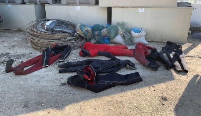 Foto: Percheziții la braconieri. Polițiștii au confiscat bunuri de aproape 50.000 de lei