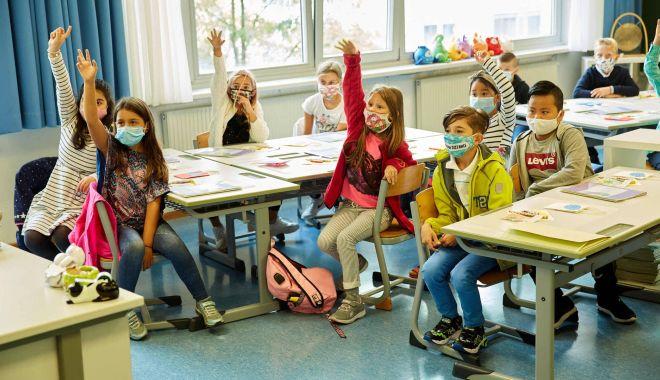 Peste 400 de elevi infectaţi cu noul coronavirus în şcoli şi grădiniţe, într-o săptămână - peste400elevi-1614672393.jpg