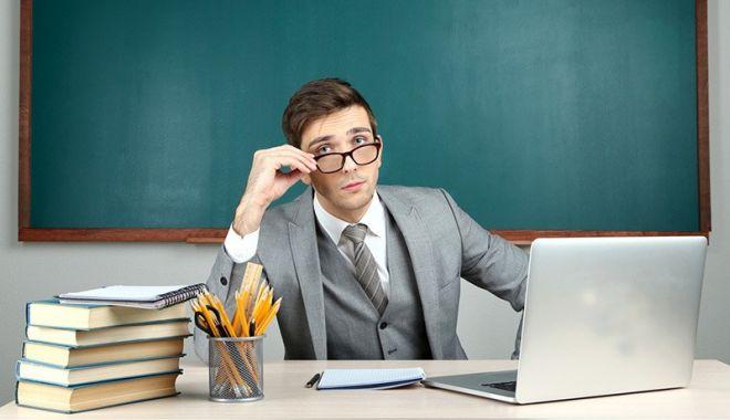 Peste 6.800 de profesori s-au modernizat ca să predea în era digitală - peste6000deprofesori-1601222245.jpg