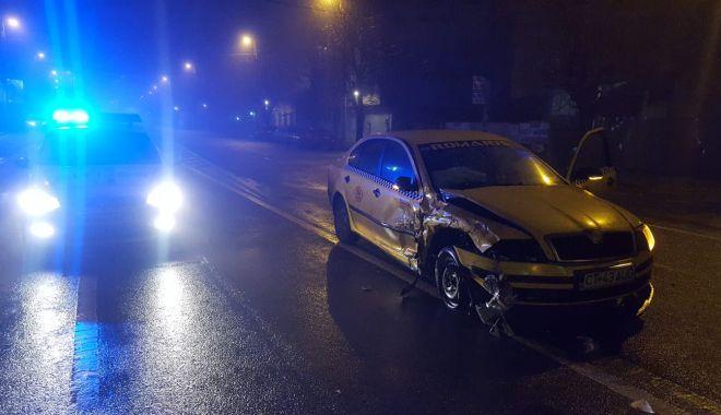 GALERIE FOTO / Accident rutier pe bulevardul I.C.Brătianu. Două persoane au fost rănite - photo20190126094915-1548493261.jpg