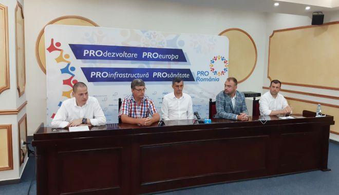 Foto: Pro România și-a prezentat candidații la Eforie, Comana și Băneasa
