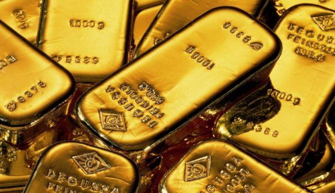 Foto: Piața financiar-bancară, pe scurt