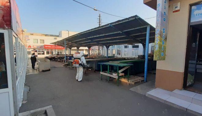 Foto: Piețele din Constanța, dezinfectate permanent