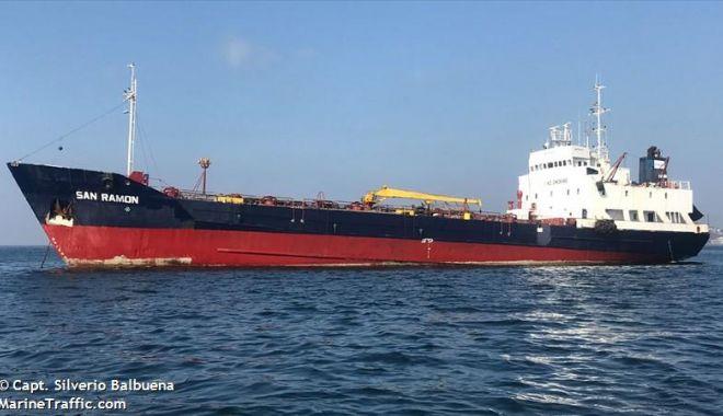 Tanc petrolier jefuit de pirați! Comandantul a fost UCIS, un alt navigator e dat dispărut! - pirati-1582723417.jpg