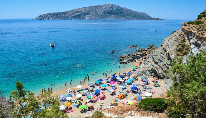 Noi reguli pentru românii care merg în vacanță în Grecia - plaja-1593427162.jpg