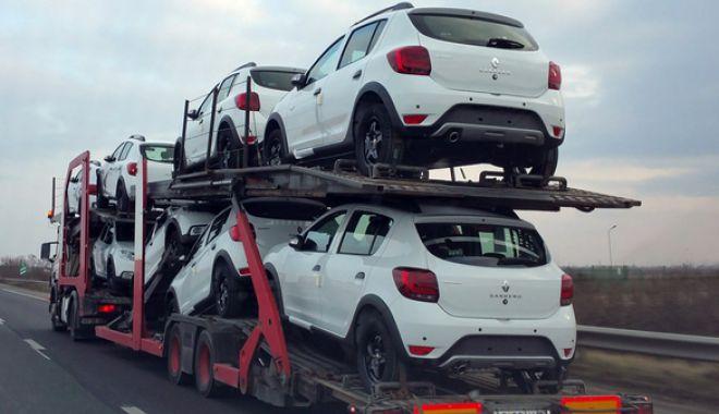Foto: Două modele Dacia, în top 10 cele mai vândute mașini în Europa