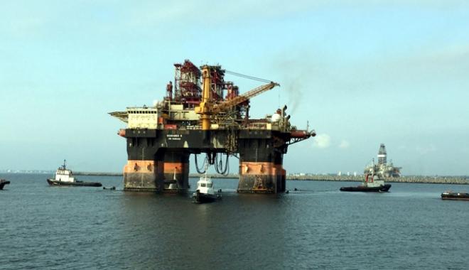 """Foto: Gigantul """"Scarabeo 9"""" a acostat în portul Constanța"""