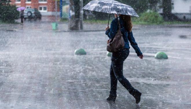 Se strică vremea la Constanţa. Informare meteo de ploi, frig şi vânt puternic în toată ţara - ploi-1614951609.jpg