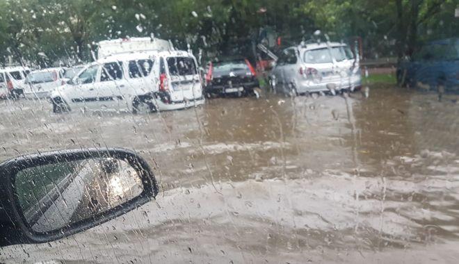 COD PORTOCALIU de PLOI TORENȚIALE, la Constanța. Probleme în județ - ploi-1623596579.jpg