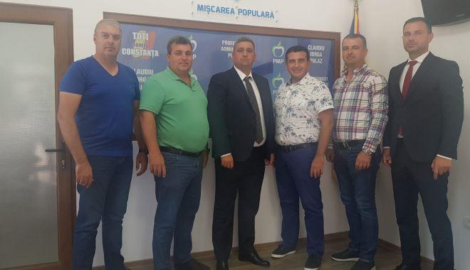 Foto: PMP și-a înființat echipă la Cogealac. Sorin Șapte, candidat la primărie