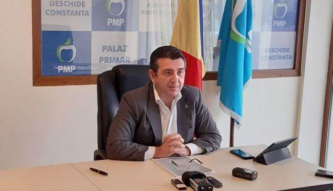 """Foto: Claudiu Palaz: """"Reabilitarea pasarelei din Mamaia este o provocare pentru mine"""""""