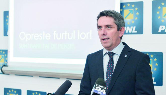 Foto: PNL reacționează: Tăierea fondurilor Administrației Prezidențiale, o acțiune de sabotare a diplomației