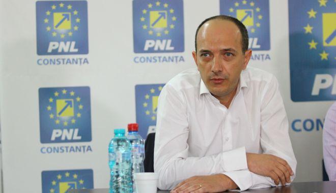 Foto: Deputatul Robert Boroianu, de la PNL, solicită demisia ministrului Agriculturii