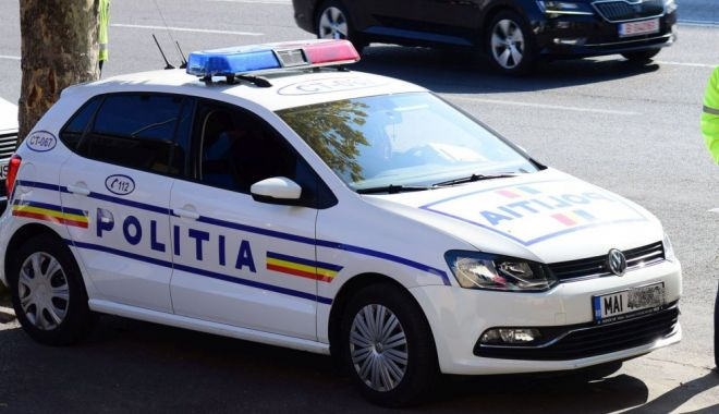 Accident rutier în Eforie Nord. O persoană a fost rănită - poli2-1596265142.jpg