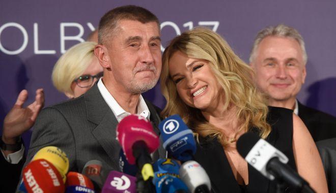 Foto: Poliția cehă recomandă punerea sub acuzare a premierului Andrej Babis
