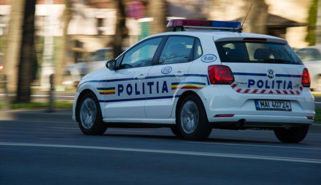 O tânără sechestrată în locuința unui bărbat, salvată după ce fosta soacră a alertat poliția - politia-1599915751.jpg