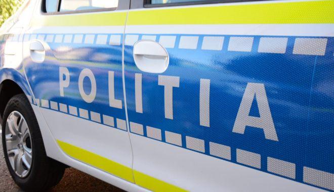 15 persoane, implicate într-un accident în lanţ în Prahova - politia-1618055488.jpg