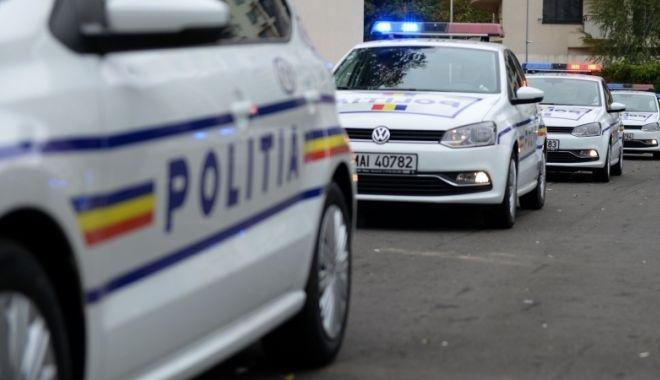 Focuri de armă trase de polițiști pentru prinderea unui bărbat care transporta țigări de contrabandă - politia08385100-1529929565.jpg