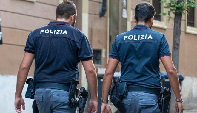 Româncă UCISĂ în parcarea unui hipermarket din Italia. A fost împușcată de patru ori - politia2-1590224870.jpg