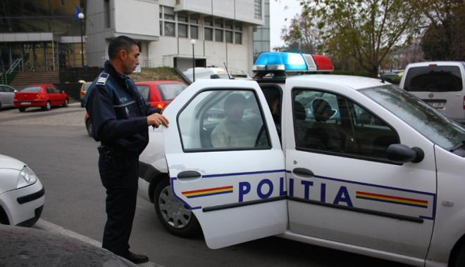 Scandal cu bătaie și amenințări, într-o locuință. Ce spune Poliția din Vama Veche - politiaconstantacugetliber-1573468128.jpg