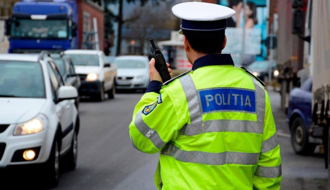 Foto: Șofer cu permisul suspendat, la un pas de comă alcoolică, LA VOLAN!