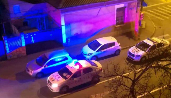 Scandal în miez de noapte! Urmărire și bătăi pe străzile Constanței - politie1-1585558570.jpg