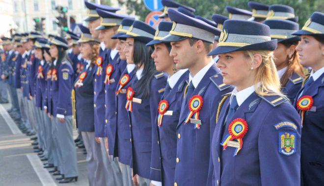 Foto: Poliția Română recrutează 1800 de ofițeri din sursă internă