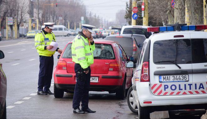 Foto: Șofer BEAT, surprins la volan! Iată ce măsură au luat polițiștii!