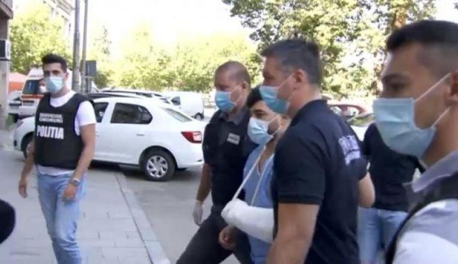 Foto: Principalul suspect în cazul morții lui Emi Pian, scos din spital și audiat