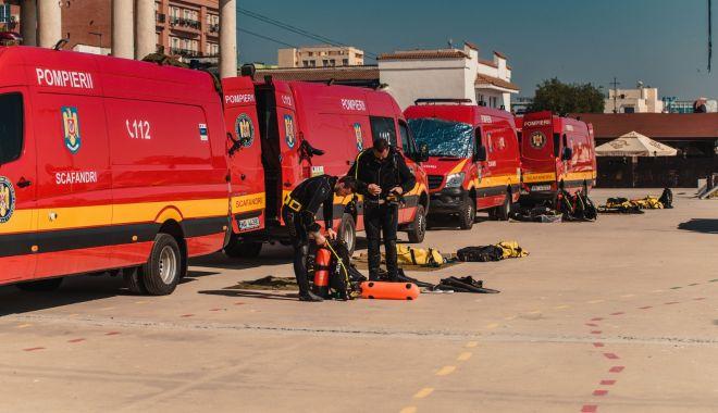 Foto: Peste 1.000 de pompieri, salvatori pe litoral, în sezonul estival