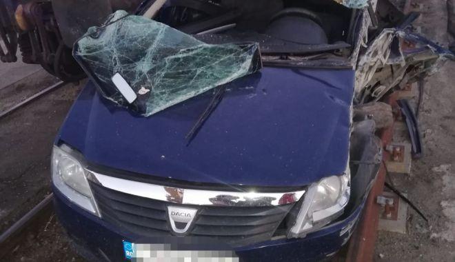 Mașină lovită de tren în Portul Constanța - porttrenaccidsursaisuconstanta3-1594403808.jpg